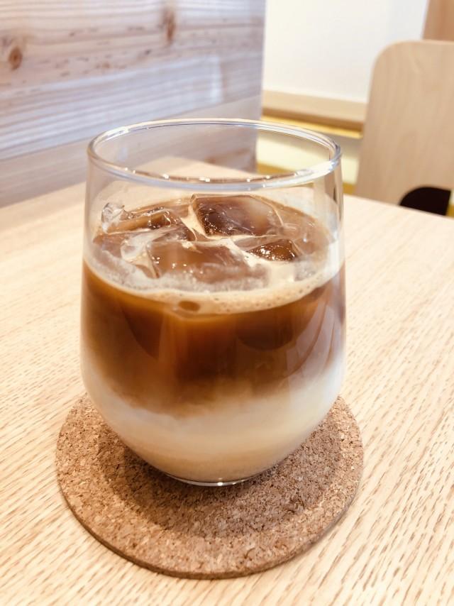アイスカフェラテ - KIELO COFFEE