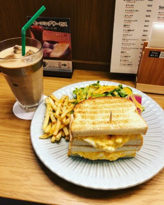 I went to the newly opened Awajizaka Coffee