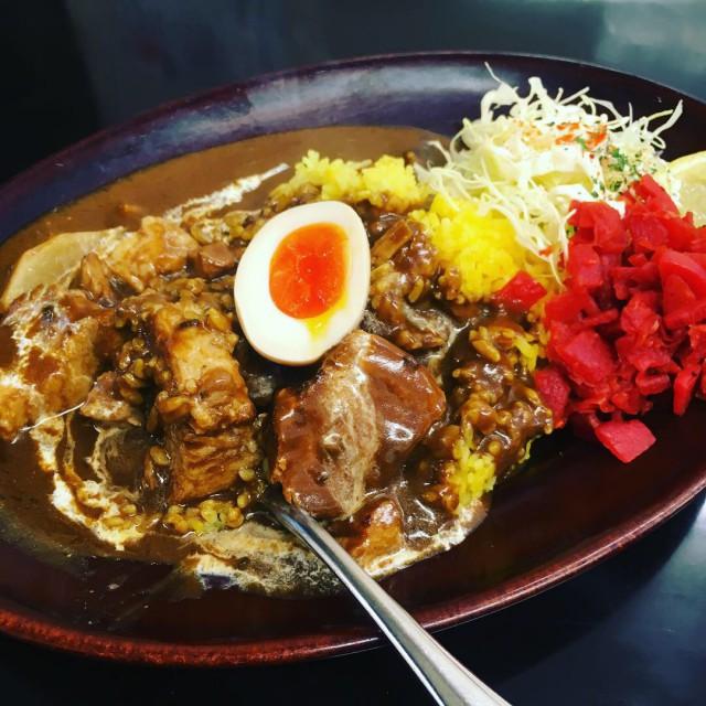 うまいカレー - Curry wa Nomimono