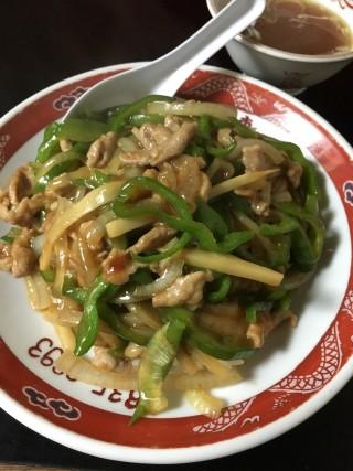 青椒肉絲飯 - 味の三恵