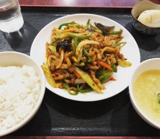 ランチ 700円 - 北京飯店