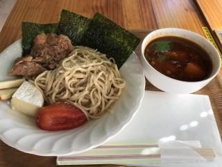 カレーつけ麺 - スープカレー カムイ