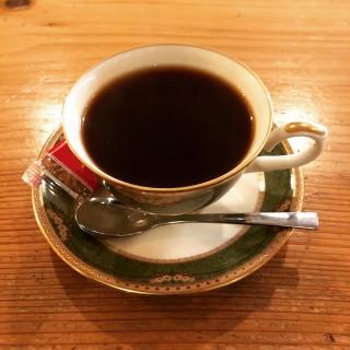 秋葉原でコーヒーならここ - VAULTCOFFEE